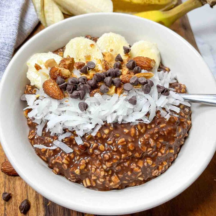 Chocolate Banana Overnight Oats (Dairy-Free)